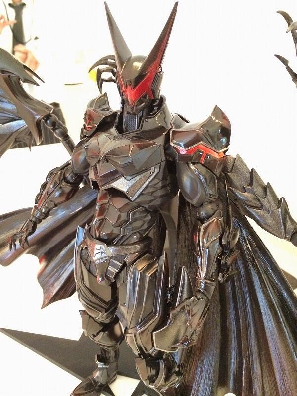 play-arts-kai-batman-3