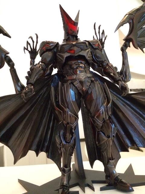 play-arts-kai-batman-7
