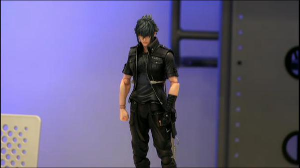 final-fantasy-xv-noctis-play-arts-kai-6