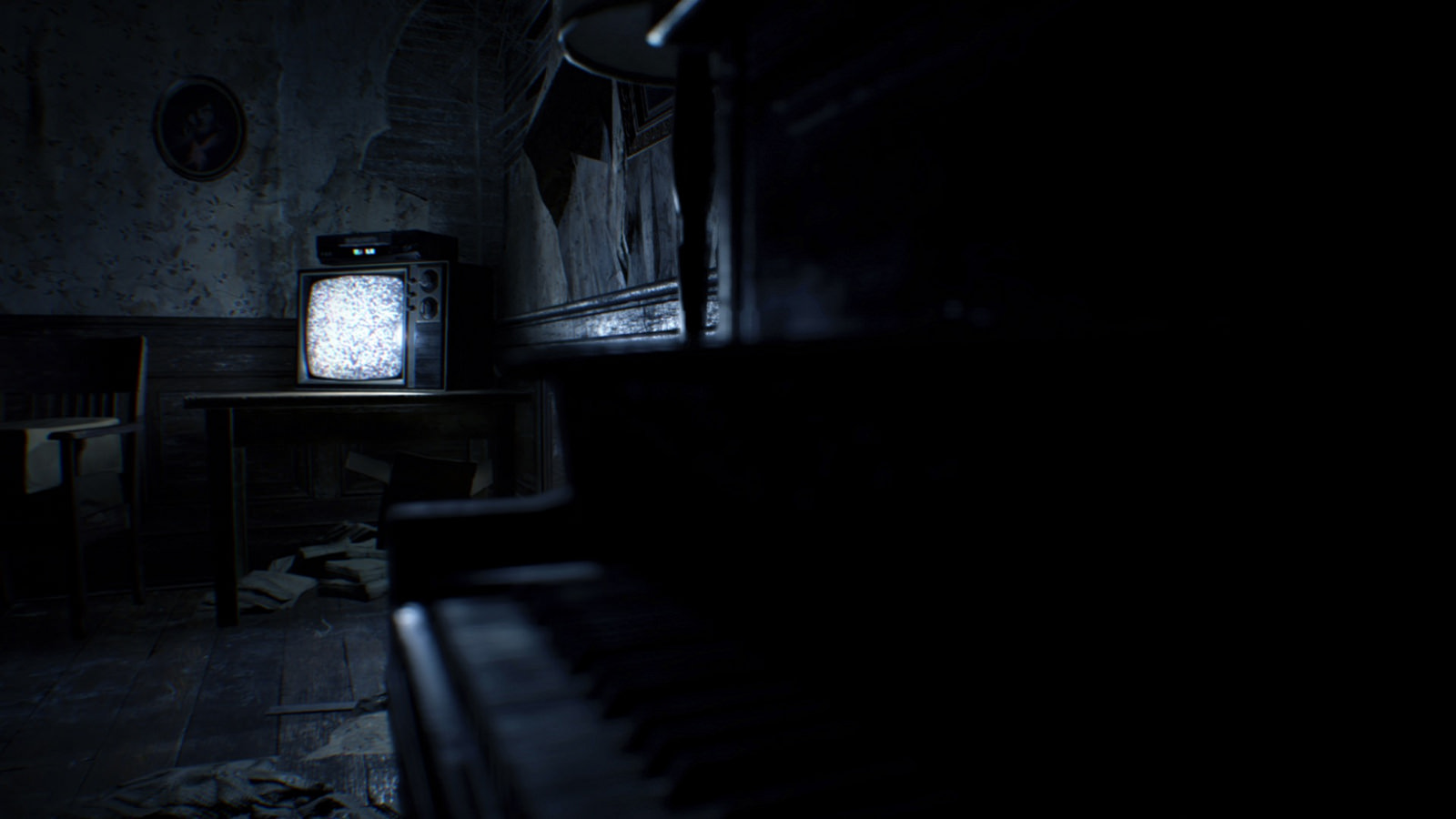 resident evil 7 will allow cross saves between xbox one and pc