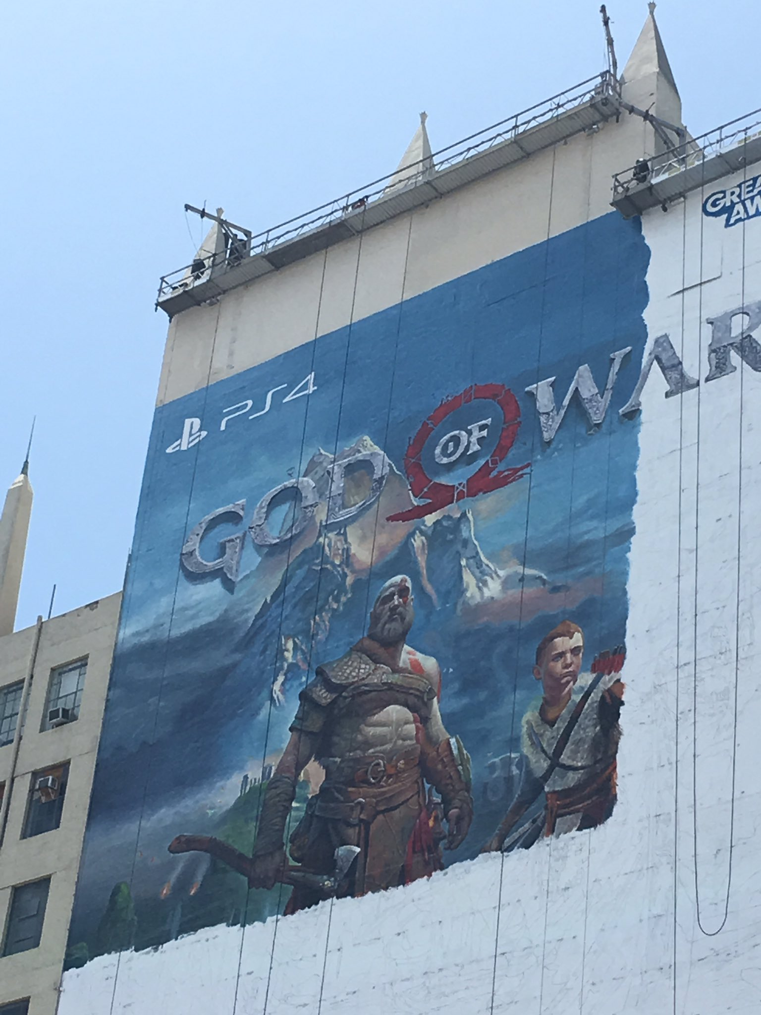 God of war ps4 gets huge wall art ahead of e3 release for Poster mural 4 murs